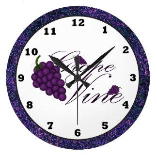 Grape Vine Kitchen Clock