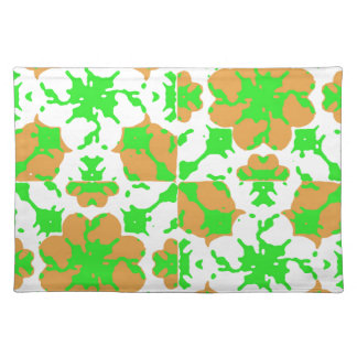 Graphic Floral Pattern Place Mats