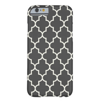 Graphite Grey Quatrefoil Barely There iPhone 6 Case