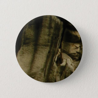 gray edge of rock face 6 cm round badge