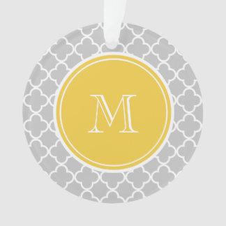 Gray Quatrefoil Pattern, Yellow Monogram