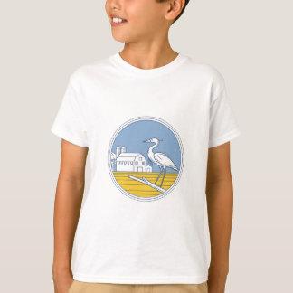 Great Blue Heron Farm Barn Circle Retro T-Shirt