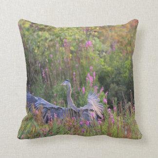 Great Blue Heron landing Cushion