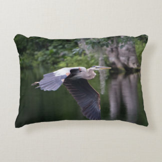 Great Heron in flight Decorative Cushion