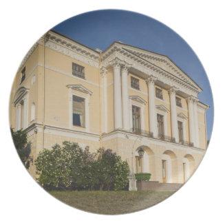 Great Palace of Czar Paul I, exterior 2 Dinner Plate