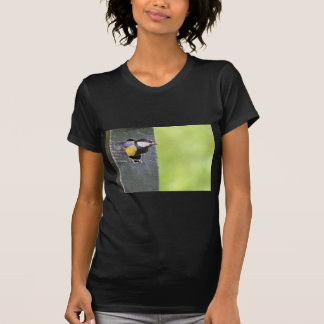 Great tit parent in hole of nest box T-Shirt