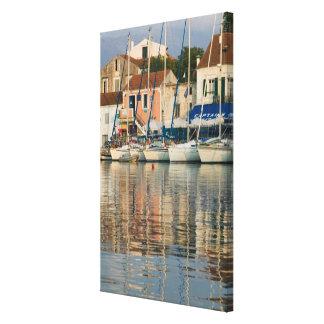 GREECE, Ionian Islands, KEFALONIA, Fiskardo: Canvas Print