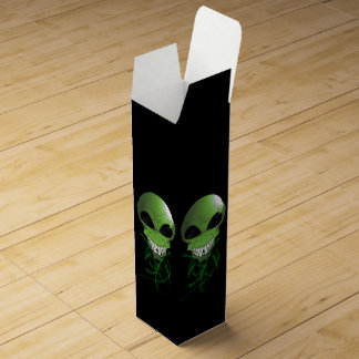 Green Alien Wine Gift Box
