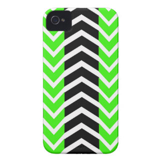 Green and Black Whale Chevron iPhone 4 Covers