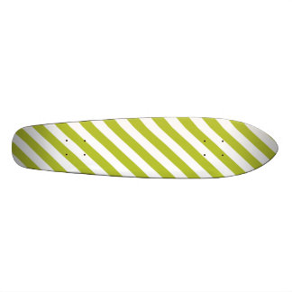 Green and White Diagonal Stripes Pattern 21.6 Cm Skateboard Deck