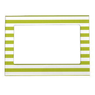 Green and White Stripe Pattern Magnetic Picture Frame