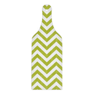 Green and White Zigzag Stripes Chevron Pattern Cutting Board
