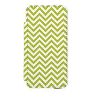Green and White Zigzag Stripes Chevron Pattern Incipio Watson™ iPhone 5 Wallet Case