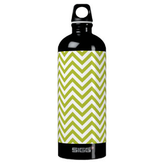 Green and White Zigzag Stripes Chevron Pattern Water Bottle