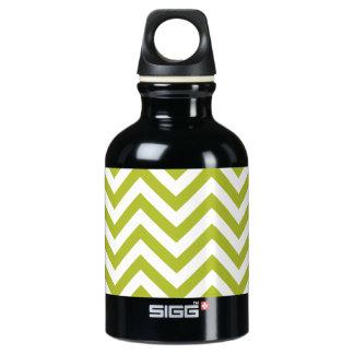 Green and White Zigzag Stripes Chevron Pattern Water Bottle