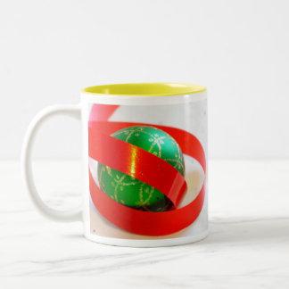 Green Ball, Red Ribbon Gift Items Mug