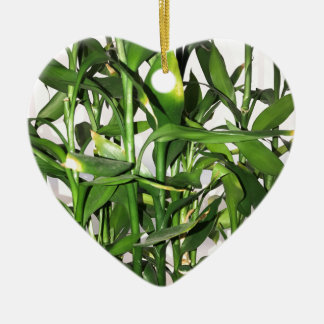 Green bamboo shoots and leaves ceramic heart decoration