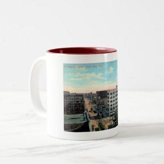 Green Bay, Wisconsin, Washington St. Vintage Two-Tone Coffee Mug