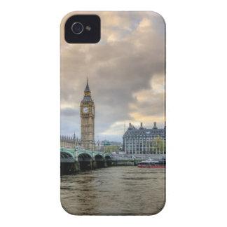 Green Bridge on Seawater With Ellizabeth's Tower iPhone 4 Case-Mate Case