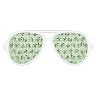 Green butterflies pattern aviator sunglasses