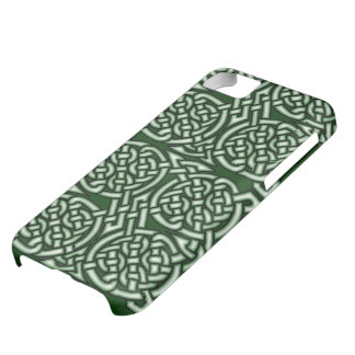 Green Celtic knotwork art iPhone 5C Case