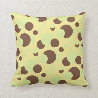 Green circle design cushion