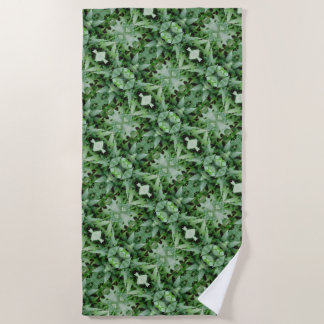 Green Climbing Ivy 0237 Beach Towel