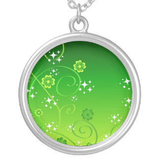 Green clovers and stars round pendant necklace