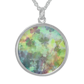 GREEN CLOVERS NECKLACE ROUND PENDANT NECKLACE