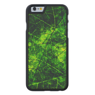 Green Cracked Lacquer Pattern Grunge Texture Carved® Maple iPhone 6 Slim Case