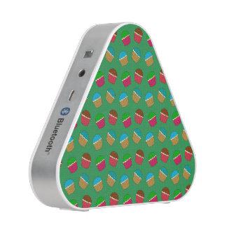Green cupcake pattern bluetooth speaker