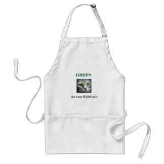 green eyed cat standard apron