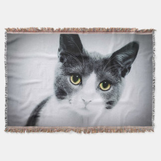 Green Eyes Cat Face Photograpy Throw Blanket