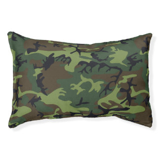 Green Forest Military Camouflage Pattern Pet Bed