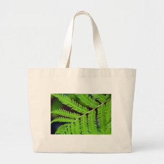 Green Leaf Closeup Tote Bags