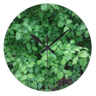 Green leaf design large clock