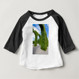 Green leaves arches baby T-Shirt