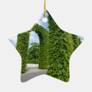 Green leaves arches ceramic ornament