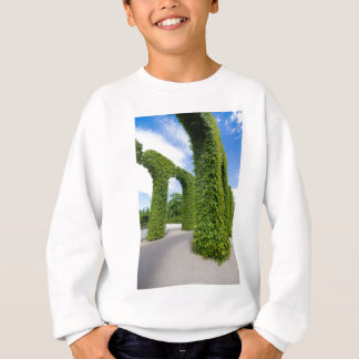 Green leaves arches sweatshirt