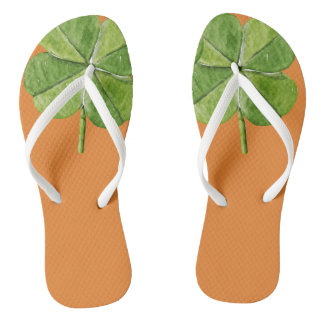 Green lucky Four-leaf clover Shamrock hand painted Thongs