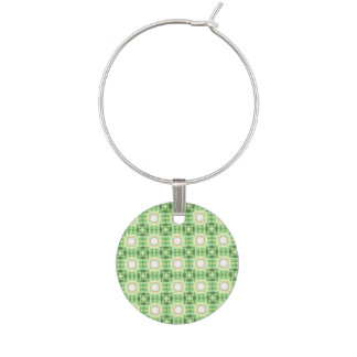 Green quilt pattern wine charm