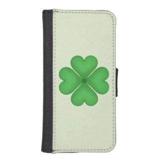 Green Shamrock Four leaf Clover Hearts Phone Wallets