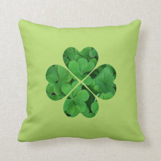 Green Shamrock Irish St Patrick's Day Throw Pillow