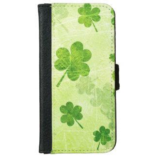 Green Shamrock Pattern iPhone 6 Wallet Case