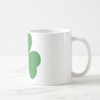 green shamrock st. patrick´s day mugs
