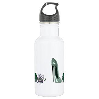 Green Stiletto Shoe and Rose Art 532 Ml Water Bottle
