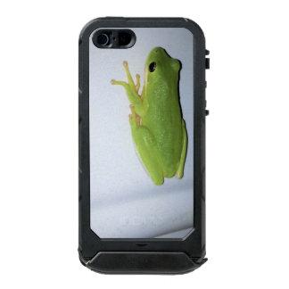 Green Tree Frog Incipio ATLAS ID™ iPhone 5 Case