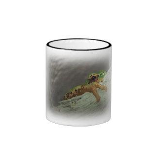 Green Tree Frog Mug