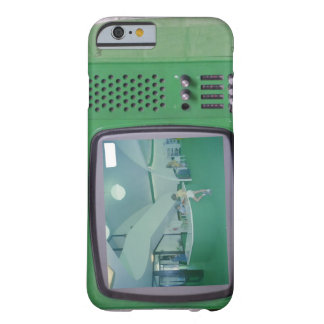 Green TV Barely There iPhone 6 Case