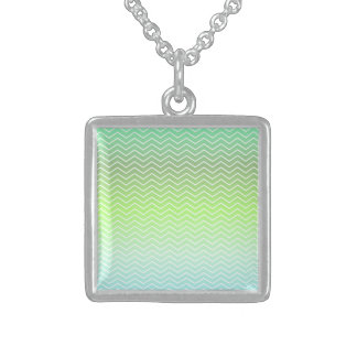 Green zigzag pattern square pendant necklace